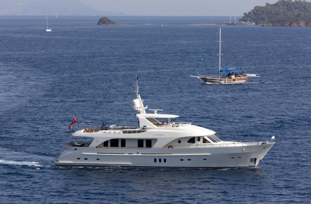30-метровая моторная яхта Moonen 97 Darsea.