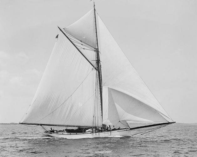 Mischief - американская яхта, опередившая канадцев в Кубке Америки 1881 года.
