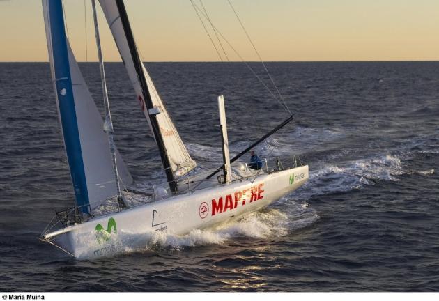 MAPFRE отделяло от лидера меньше 10 миль, но яхта пришла второй.