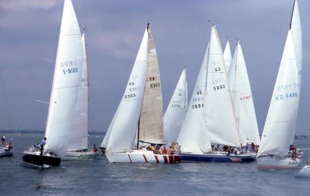 Яхты перед стартом регаты Admiral's Cup 1981 года.