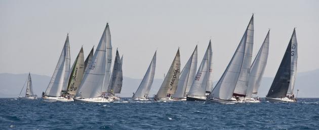 Гоночный флот регаты Rodos Cup.