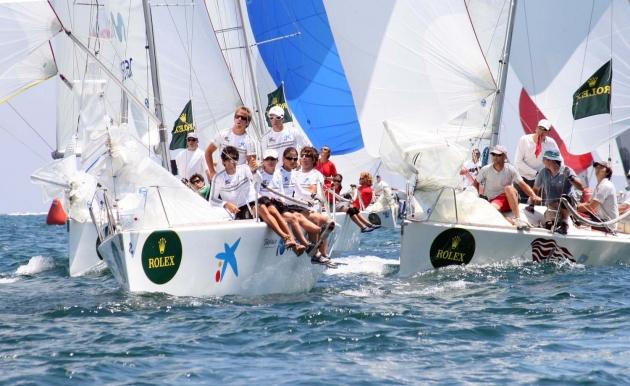 Швейцарский Rolex признанный спонсор в яхтенном мире.