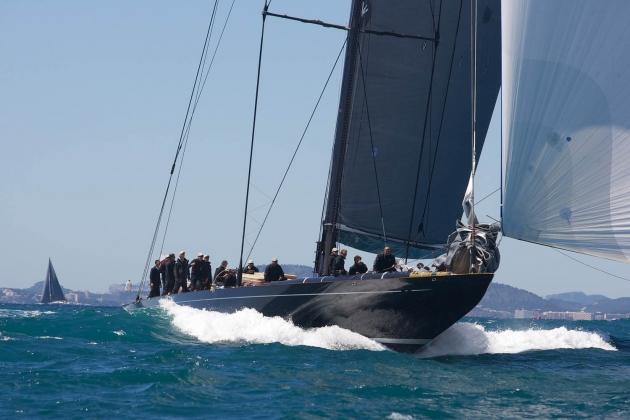 J-class в море.