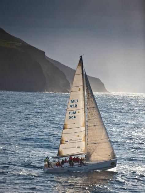 В Ролекс Мидл рейс участвуют и небольшие яхты...