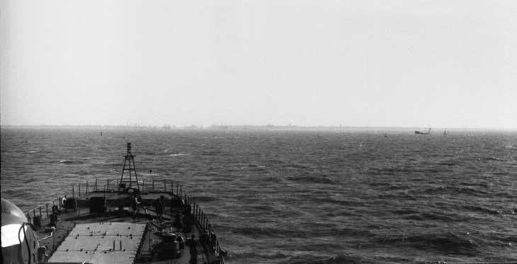 Остатки затонувшего судна в Суэцком канале - отголоски войны. 1976 год