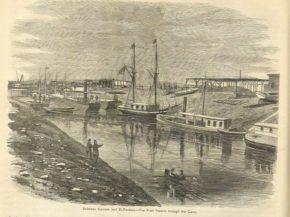 Первые суда в Суэцком канале