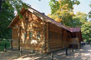 Домик в Архангельске, построенный для царя и свиты