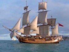Приключенческий фильм о истории корабля «Баунти»