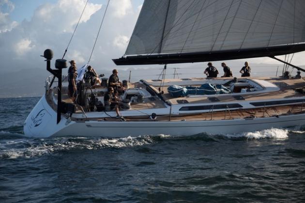 Победитель регаты - яхта Lupa of London.