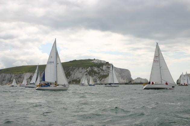 Round-the-Island-Race-1