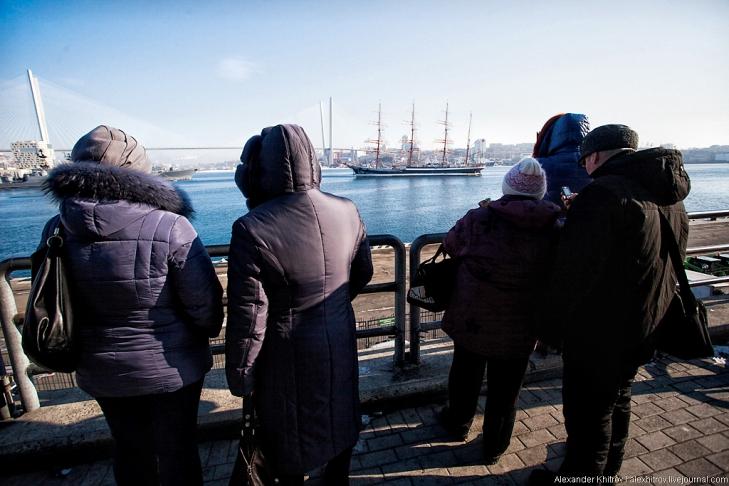 Встречающие. Седов ошвартовался во Владивостоке, 28 января 2013
