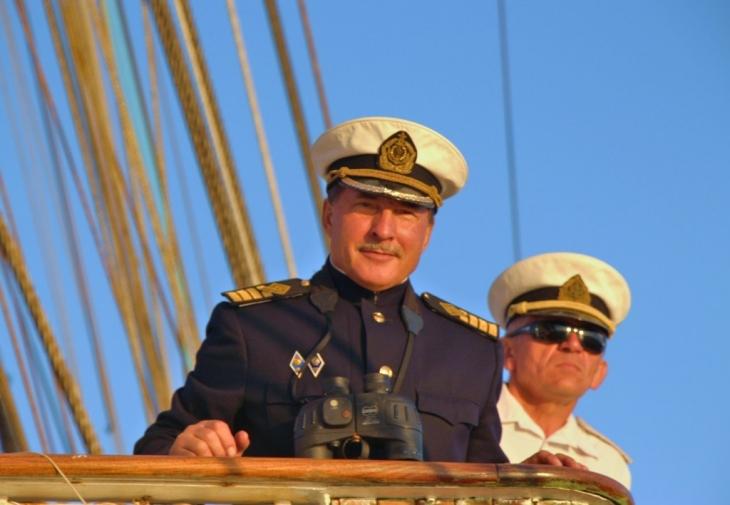 Капитан винджамера Николай Зорченко.