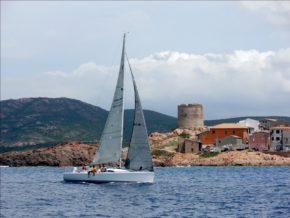 Вся регата Rodos Cup - это динамично меняющиеся пейзажи греческих островов