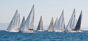 Эталонная картина Rodos Cup! Стремительные яхты, теплое июльское море и фантастические очертания островов