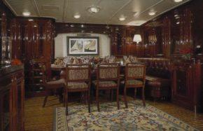 На борту яхты Ranger легко перенестись на 80 лет назад - во времена расцвета J-class