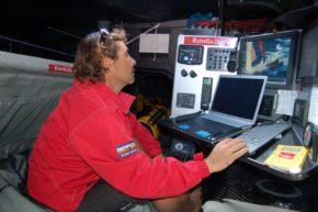 Электроники на борту Open 60 хоть отбавляй. Регата Barcelona World Race