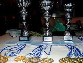 Кубки и медали вручают победителям уже в Афинах. Регата Эллада