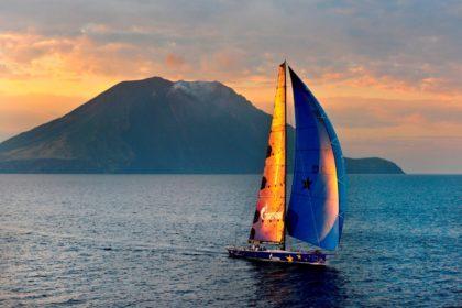 Яхта Esimit Europa 2 в Средиземном море