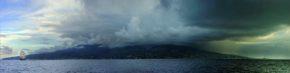 Фото парусника Седов. Таити, погода тропиков