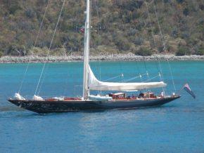 Даже без поднятых парусов J-class великолепен! Самые красивые парусные яхты