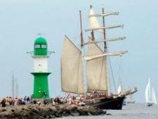 Фестиваль ганзейских парусов (Hanse sail) в порту Ростока